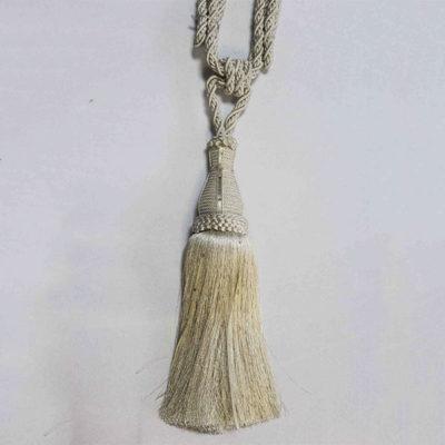 Подхват с кистью, декорирован стразами 17951-0003 | Компания «Сиртекс-Дизайн»