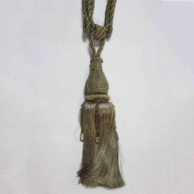 Подхват с кистью, декорирован камнями 17943-0237 | Компания «Сиртекс-Дизайн»