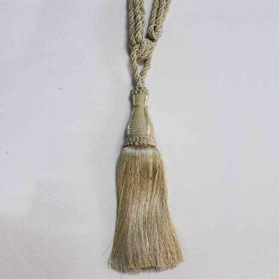 Подхват с кистью, декорирован стразами 17951-0115 | Компания «Сиртекс-Дизайн»