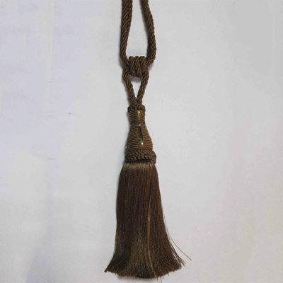 Подхват с кистью, декорирован стразами 17951-0168 | Компания «Сиртекс-Дизайн»