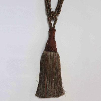 Подхват с кистью, декорирован стразами 17951-0323 | Компания «Сиртекс-Дизайн»